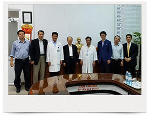 ベトナムダナンで二人のがん患者さんを手術
